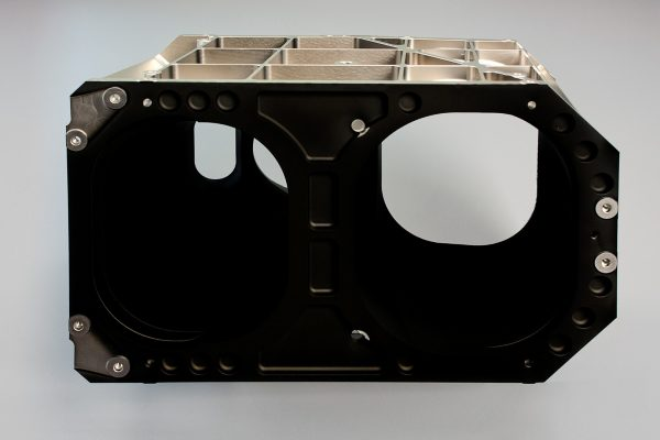 component coated with vacuum black coating